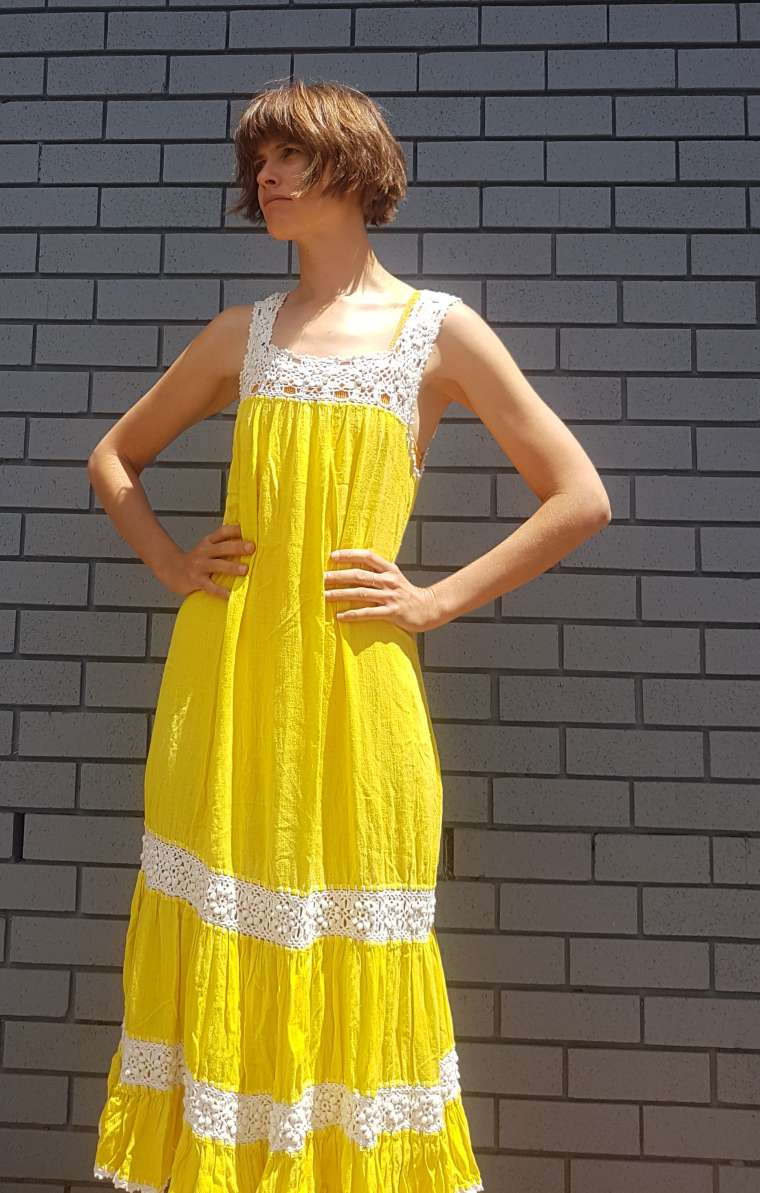 Harriet Sandals Clothesline in Yellow vintage dress
